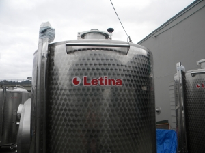 NS Letina 2000L S/W closed top tank